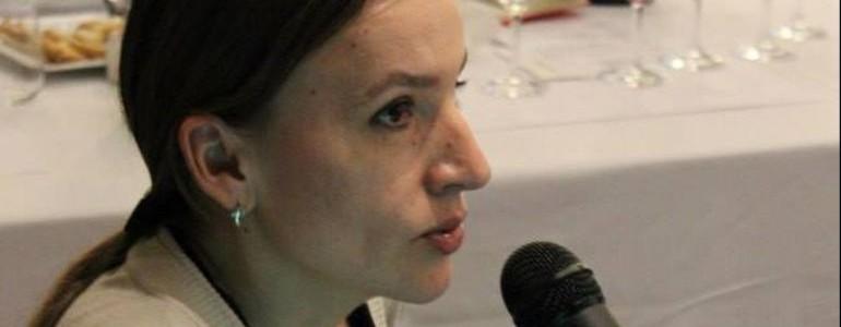 La giornalista russa Eleonora Scholes