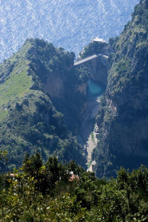 Il fiordo di Furore (SA) - Crediti foro: Azienda Marisa Cuomo
