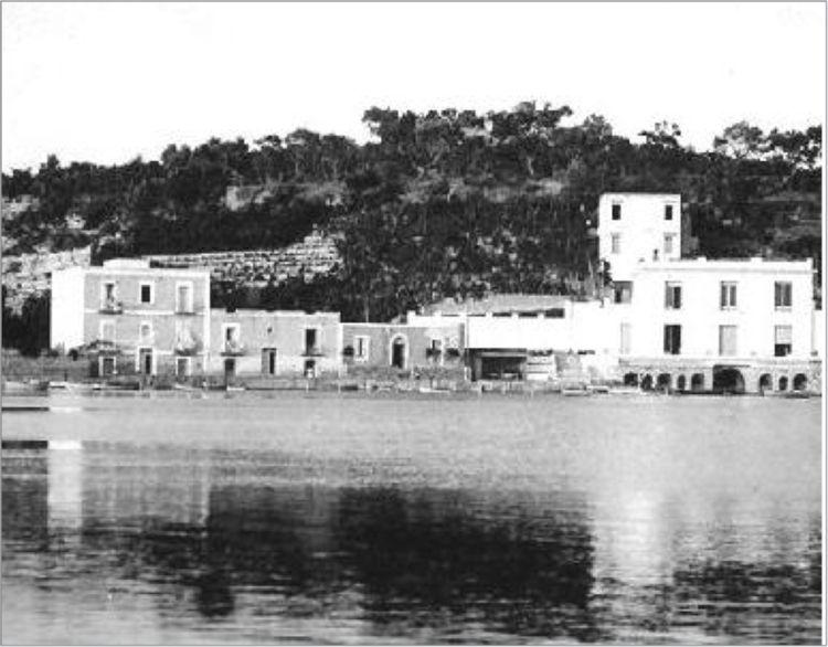 Bacoli (NA), Villa Scalera