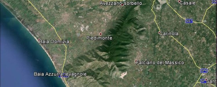 L'areale del Falerno del Massico da Google Earth